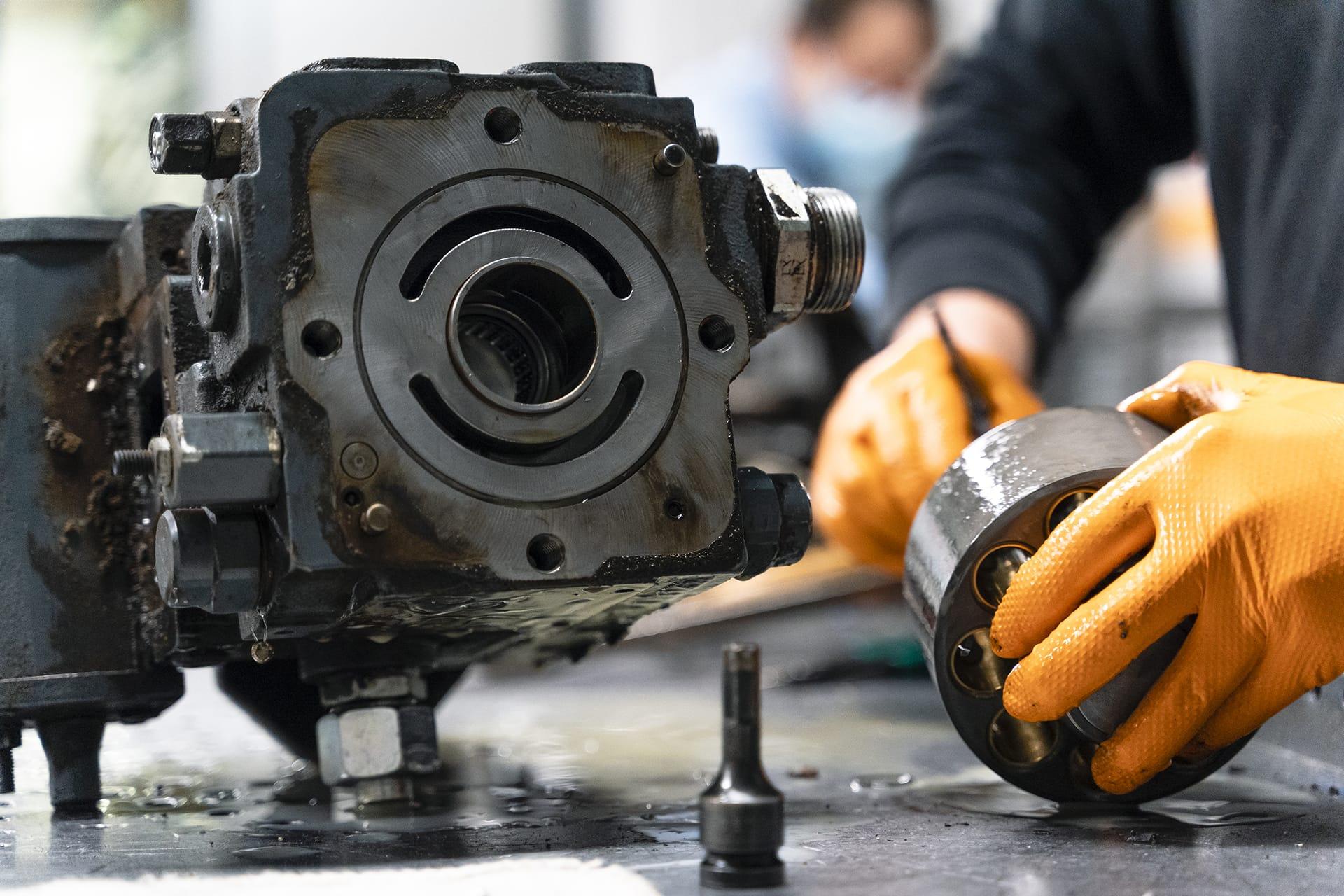 Overhaul of hydraulic pumps